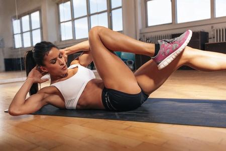 Técnica de los abdominales cruzados   Gym-In